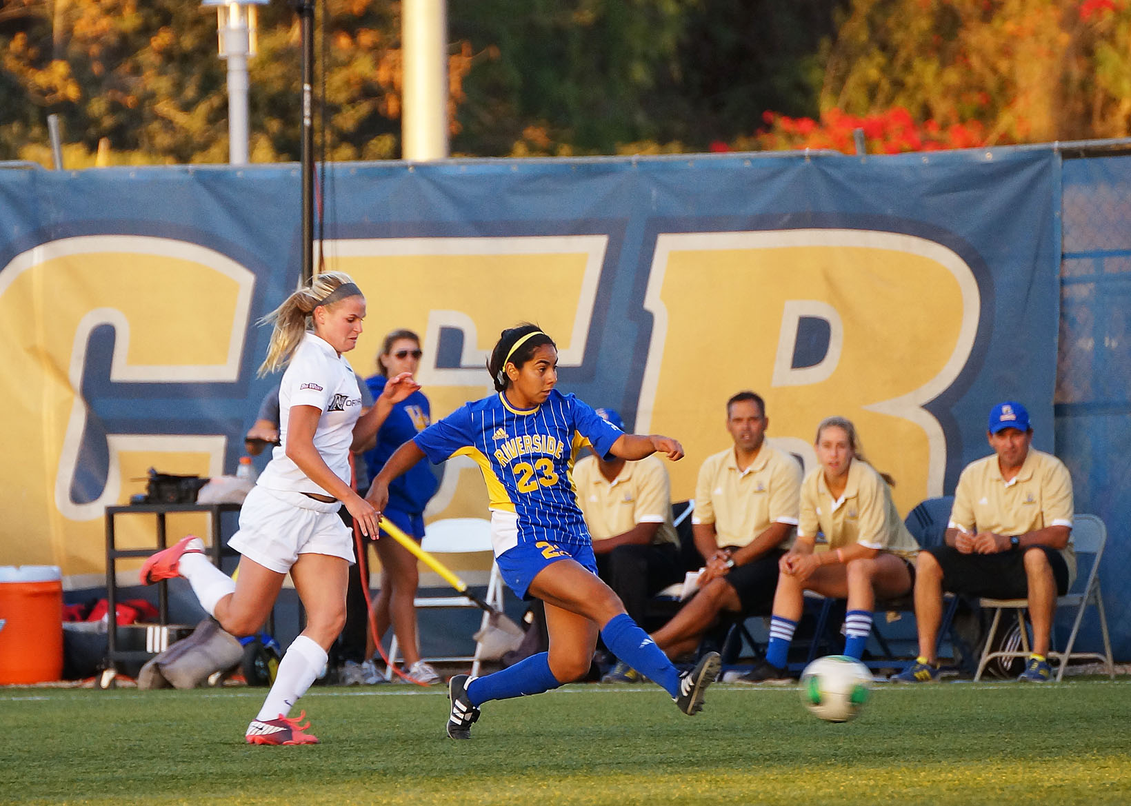 Women's soccer 1-1 against Hawaii, UCI in Big West ...